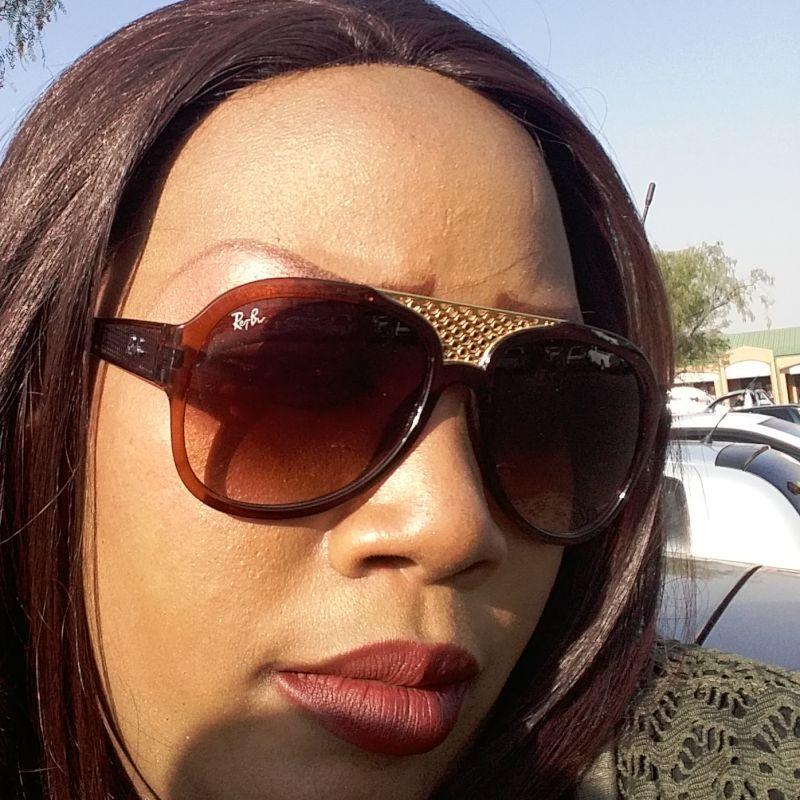 Thembi072